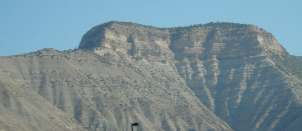 Sedimentary formations on a drive through US MidWest